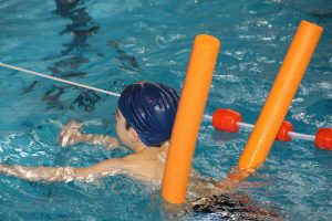 clases de natacion para niños en verano